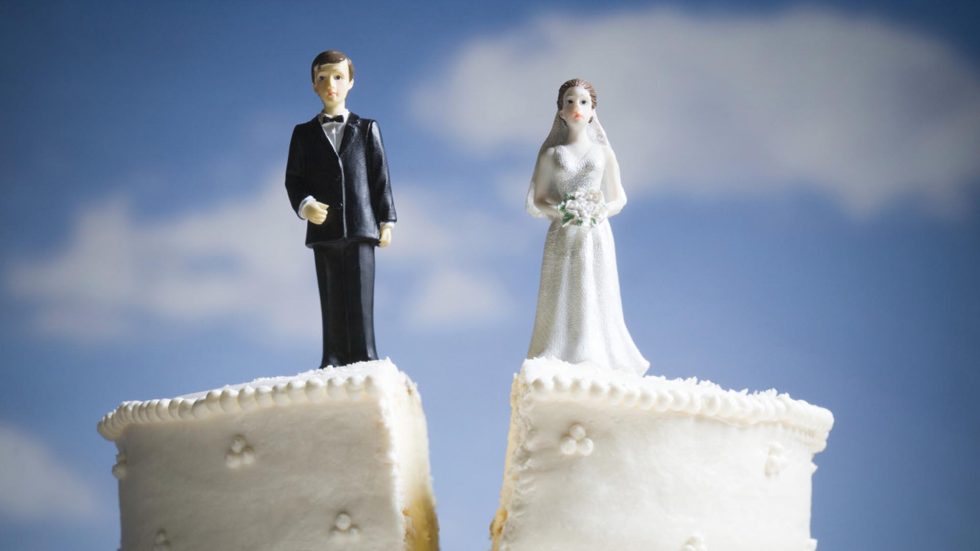 چگونه برای طلاق اقدام کنیم