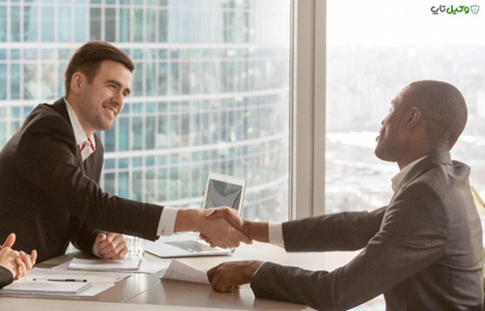 آیا کارفرما میتواند هر زمان که خواست کارگر را اخراج کند