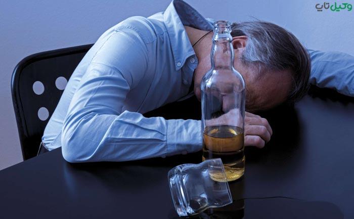مصرف مشروبات الکی توسط غیر مسلمان